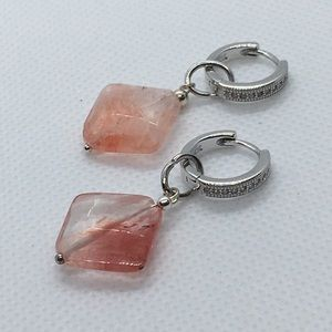 925 Sterling silver Pink quartz cz Earring